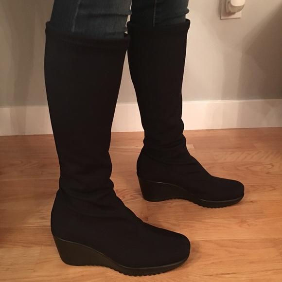 e02b28ceb44 La Canadienne Black 'Gilly' Boots. Size 9